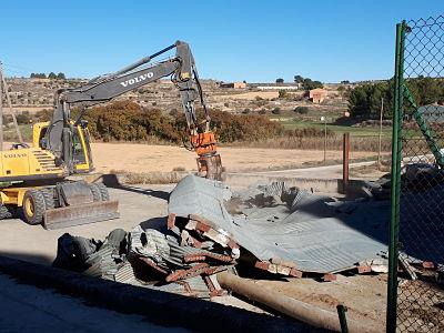 Projecte tècnic d'enderroc d'uns silos metàl·lics