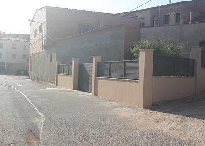 Disseny i construcció d'una tanca perimetral d'un habitatge unifamiliar